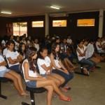 Alunos da escola Cecília Meireles participam de sessão e fazem reivindicações