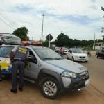 PM fecha o cerco contra motoristas irregulares no trânsito