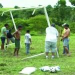 Materiais esportivos foram entregues na Vila Mutum em Apiacás