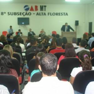 Vice presidente do Cojad faz palestra à novos e futuros advogados de Alta Floresta