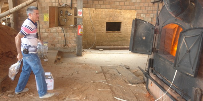 Polícia incinera drogas apreendidas em operações em AF e região