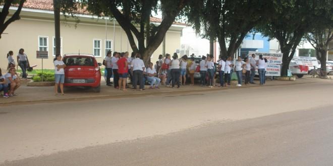Reunião intermediada pelo MPE não chega a conclusão e greve na educação  continua