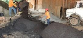 Infraestrutura fabricou mais de 10 toneladas de pavifácil para a segunda fase da Operação Tapa-buraco