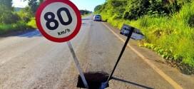 Cratera se abre na MT 208 e exige alerta máximo dos motoristas
