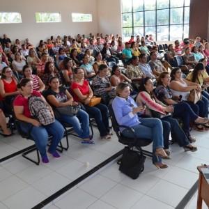 Durante dois dias, professores paranaitenses analisam e projetam futuro da educação2