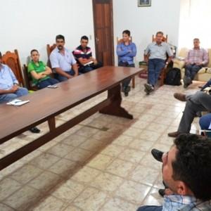 Durante reunião em Paranaíta, representantes de municípios avaliam adesão ao PMS e PCI (2)