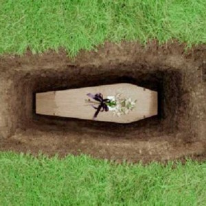 invade_funeral_dispara_morto