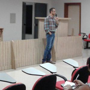 Professor Mestre em Educação Eduardo Freire – Falando sobre normas de Artigos Científicos.