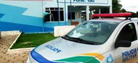 Agente flagra menores infratores furtando gasolina de dentro do pátio da Sec. de Trânsito