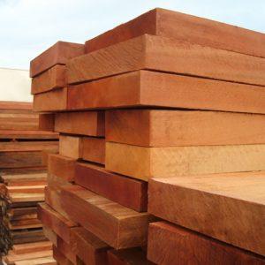 As-madeiras-mais-indicadas-para-construcao-de-telhado-peroba-do-norte