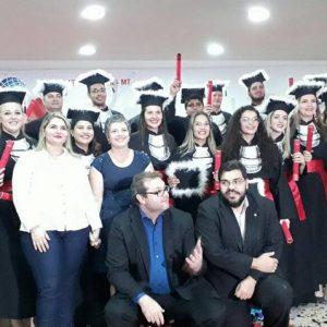 Bacharéis em Direito FADAF e os Professores Dra. Flávia Borges, Dr. Dakari, Dr. André Carvalho