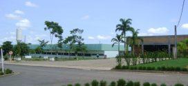 Por falta de salas Unemat utiliza espaço de escola Estadual