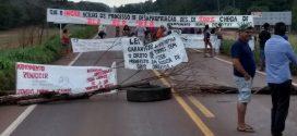 Manifestantes sem-terra bloqueiam rodovia em MT para cobrar reforma agrária