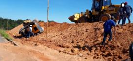 Trator tomba durante construção do novo modelo de atacadão do Grupo Machado