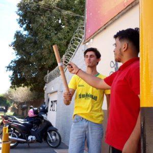 Mais uma vitória: Altaflorestenses comemoram a classificação do Brasil para as quartas de finais