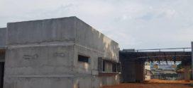 Construção do Centro Especializado em Reabilitação está perto de ser concluída, mas a passos largos
