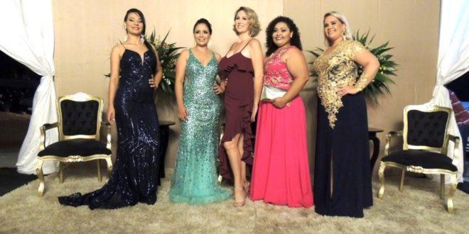 Servidores da educação municipal de Alta Floresta participaram de jantar dançante em comemoração ao Dia dos Professores