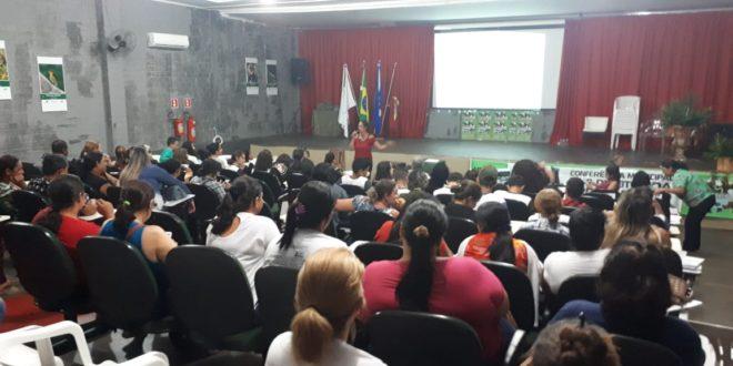 Cerca de 200 pessoas discutiram ações para garantir os direitos da Criança e do Adolescente na V Conferência Municipal