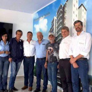 Pastor Claudio Duarte visita Alta Floresta e ministra palestra para casais