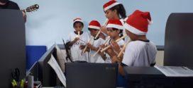 """Evento """"Natal É Luz"""" será realizado neste domingo com a entrega de presentes para as crianças"""