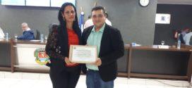 Diretor da Unemat recebeu homenagem pela dedicação em suas pesquisas acadêmicas