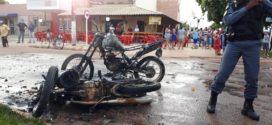 Após colisão, motocicletas pegam fogo e explodem em Alta Floresta