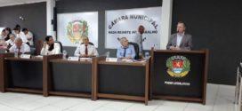 Com presença de secretários municipais, Asiel prestou contas do Executivo durante sessão da Câmara