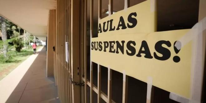 Procons expedem recomendação para que as escolas particulares negociem os contratos