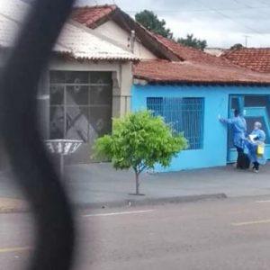 Polícia prende falsos médicos que aplicavam testes de Covid-19 sem autorização em MT