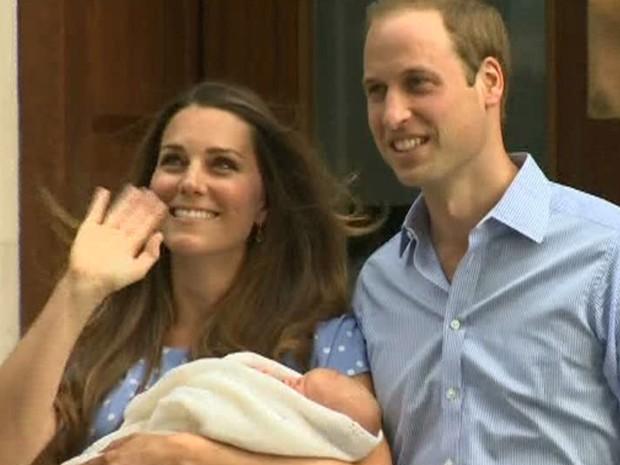 Bebê real aparece em público