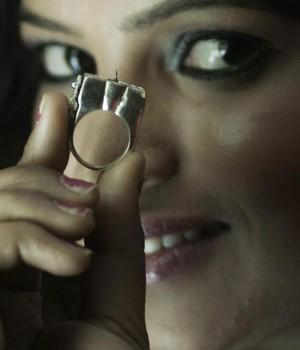 ndianos criam anel antiestupro