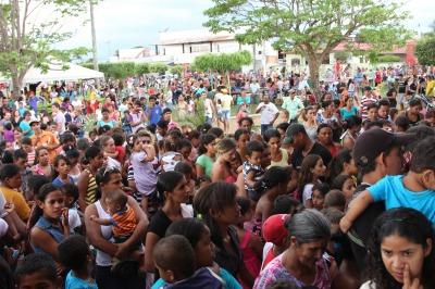 Festa das Crianças em Matupá reúne mais de 2 mil crianças na praça do migrantes
