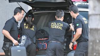 Policia Federal cumpre mandados de prisão