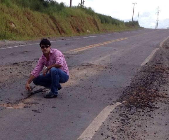 Presidente da Câmara questiona qualidade do asfalto da MT