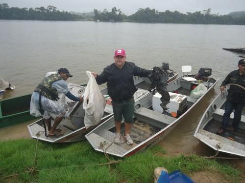 Até debaixo da chuva, Mutirão de Limpeza do Rio Teles Pires foi o melhor1