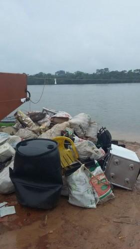 Até debaixo da chuva, Mutirão de Limpeza do Rio Teles Pires foi o melhor2