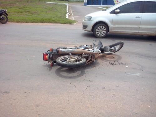 acidente trevo - fotos mario (5)