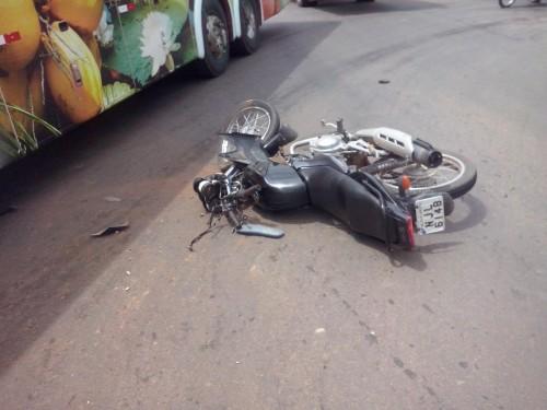 acidente trevo - fotos mario (6)
