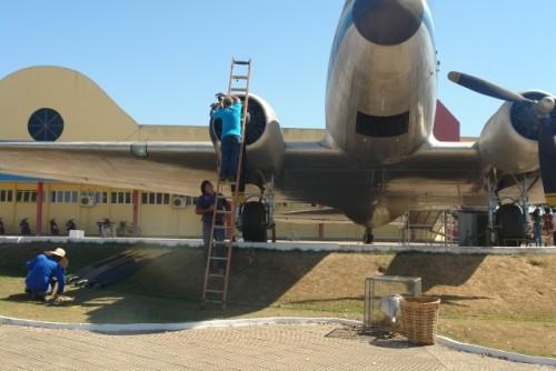 Hélices-do-DC-3-que-haviam-sido-retiradas-após-apresentarem-defeitos-foram-colocadas-novamente
