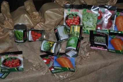 PRODAM entrega kits de sementes para Hortas Orgânicas 2