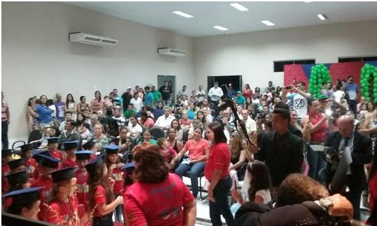 Escola JK realiza formatura da Educação Infantil em Paranaíta