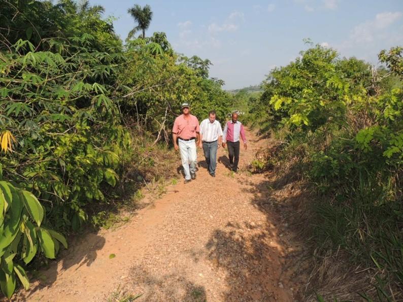 Prefeitura de Alta Floresta recupera trecho que há 13 anos não entrava máquinas-1
