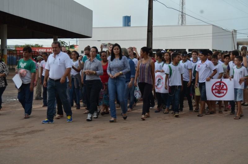 Comunidade escolar de Paranaíta participam do Dia de Enfrentamento ao Aedes Aegypti  1
