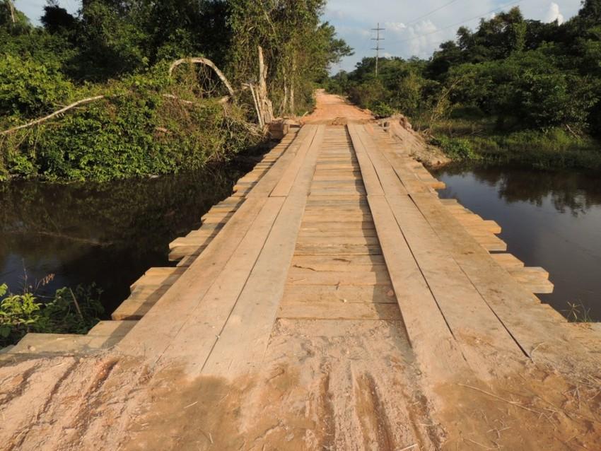 Construção de ponte beneficia moradores de Alta Floresta e Carlinda
