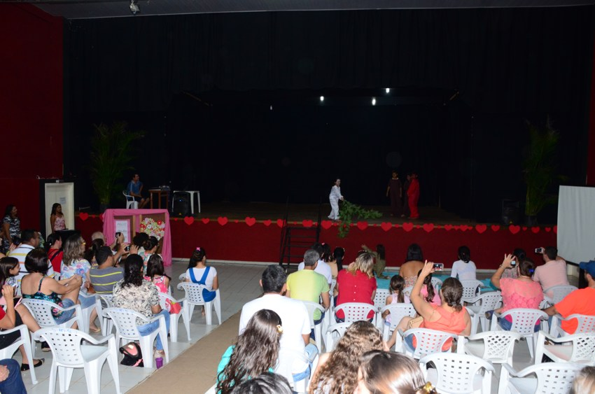 10.06.2016 A Secretaria Municipal de Cultura e Juventude abrem vagas para turma de teatro (1)