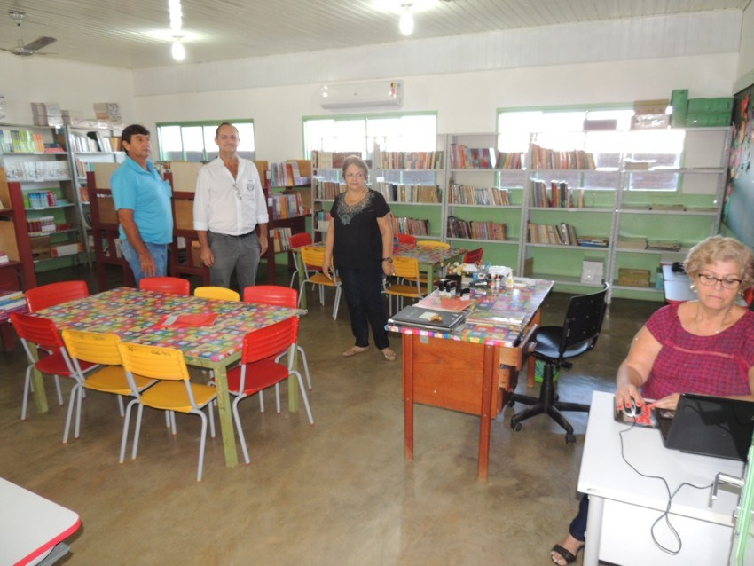 Escola Nilo Procópio Peçanha desenvolve ações de incentivo à leitura