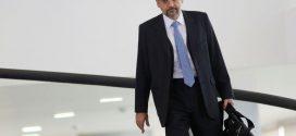 Bolsonaro se irrita com operação contra aliados, e demissão de Weintraub deixa de ser certeza