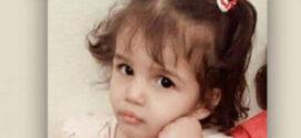 Menina de 3 anos é forçada a entrar em uma banheira de água quente e morre