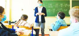 Lei que coloca educação como serviço essencial é sancionada por governador