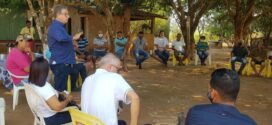 Paranaíta: reunião discute projeto inicial de implantação de Laticínio